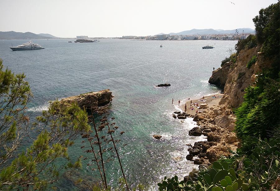 Es Pas Estret (Eivissa)