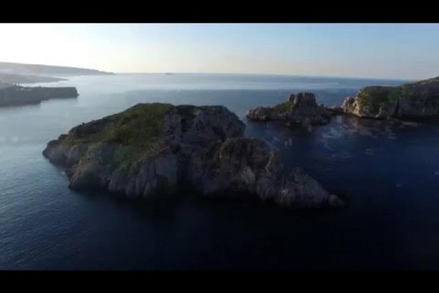 Els ports, les portes de les Illes